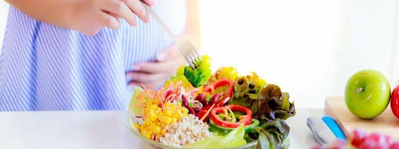 نیازهای مواد غذایی زنان باردار گیاهخوار | بهترین متخصص تغذیه و رژیم درمانی اصفهان