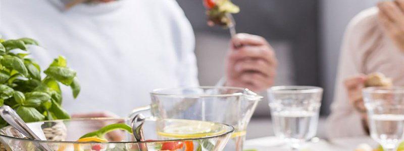 باورهای تغذیه ای نادرست   بهترین متخصص تغذیه و رژیم درمانی اصفهان